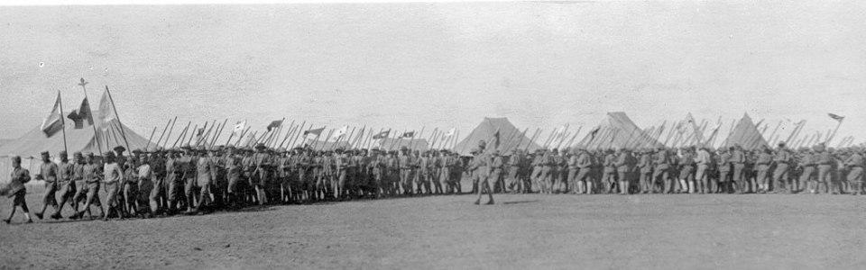 Спасшиеся беженцы с горы Муса-Даг в Порте Саид, Египет. Архив AGBU