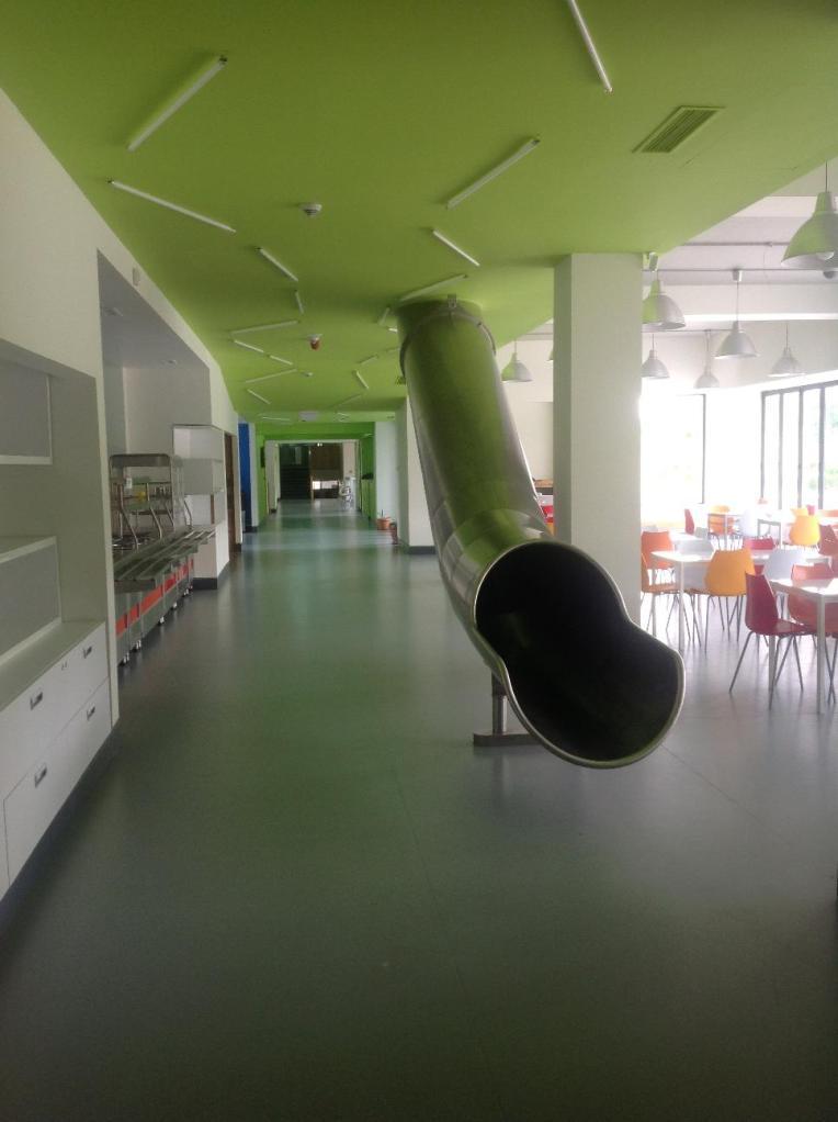 Специальные трубы в школе Айб, Ереван