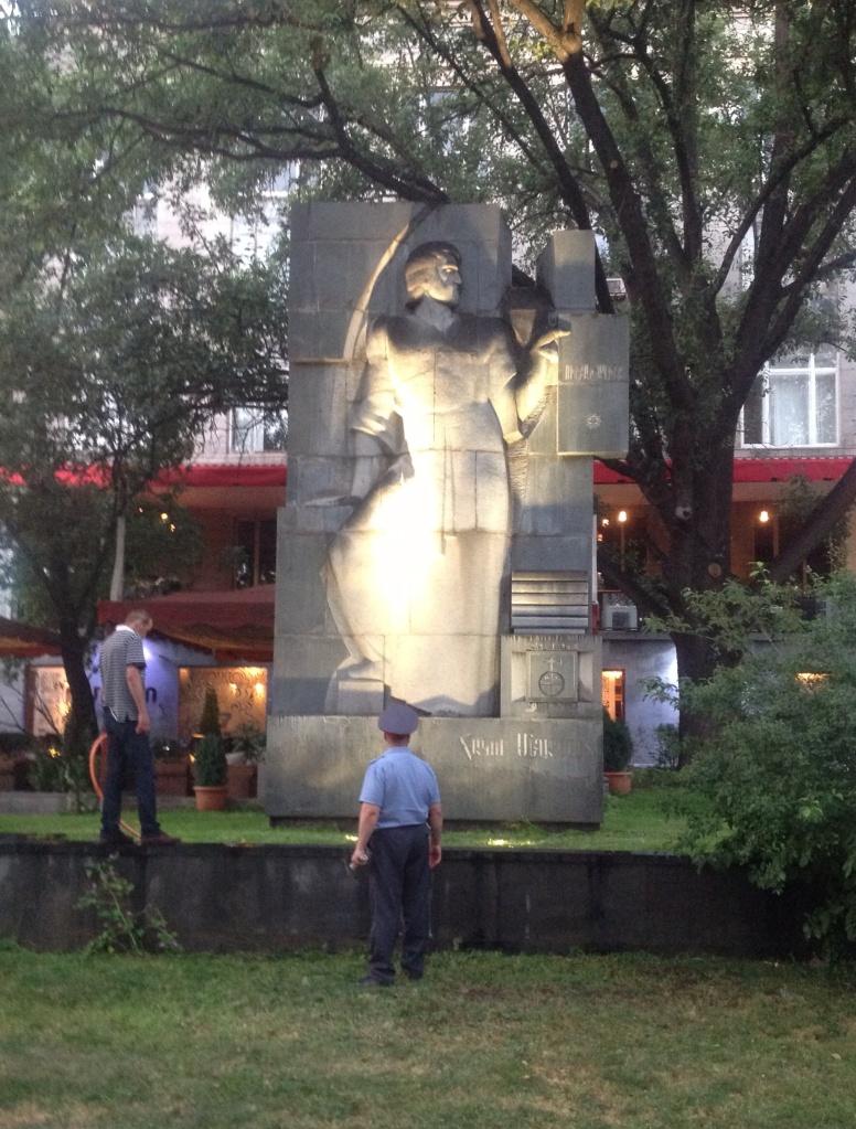 Превопечатник Акоп Мегапарт (грешник). В 2012 году весь мир отмечал 500-летие первой печатной армянской книги.