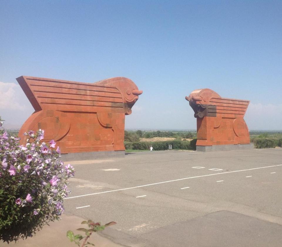 Мемориальный комплекс Сардарапат. Автор монумента и находящегося рядом музея - архитектор Рафаел Исраелян