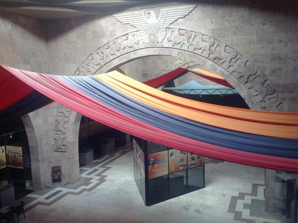 Этот зал посвящен непосредственно Сардарапатской битве