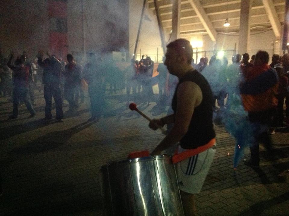 Армянские гулянья после матча в Праге